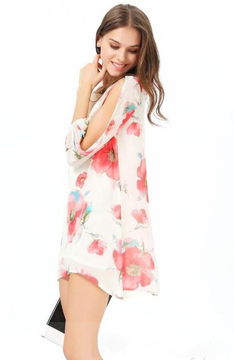vestido branco floral morceguinho