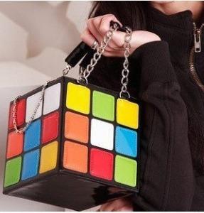 bolsinha-clutch-cubo-magico-