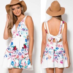 vestido branco floral decote v1