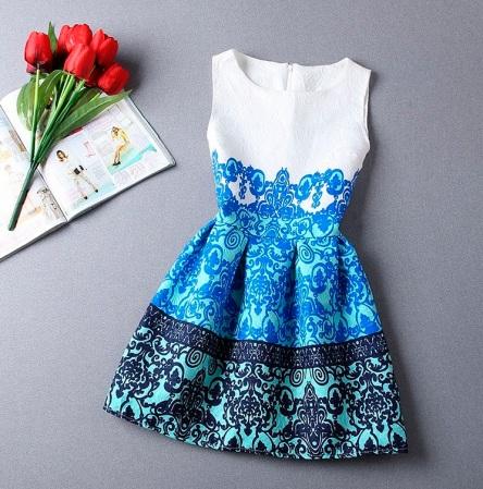 vestido estampado de festa curto branco azul tribal