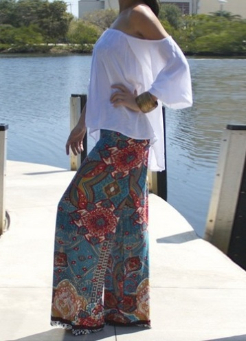 calça pantalona tribal azul claro