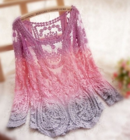 blusa de renda croche tie dye tricolor rosa