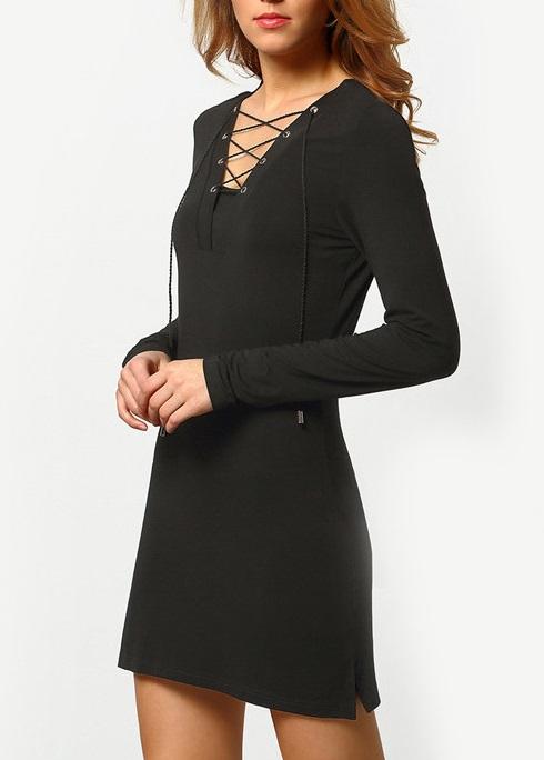 vestido decote trançado de malha manga longa preto
