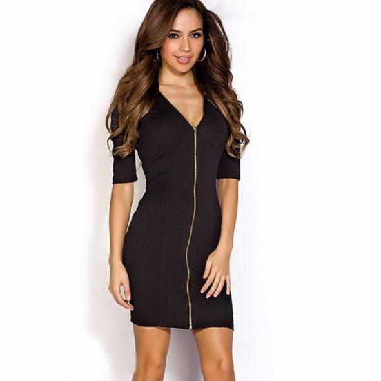 vestido preto de ziper decote profundo meia manga
