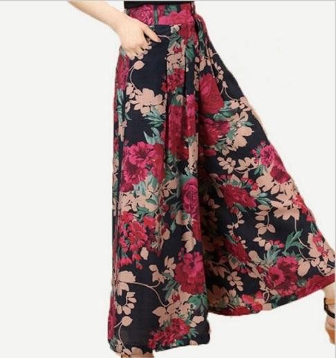 calça-saia-pantacourt vermelha floral