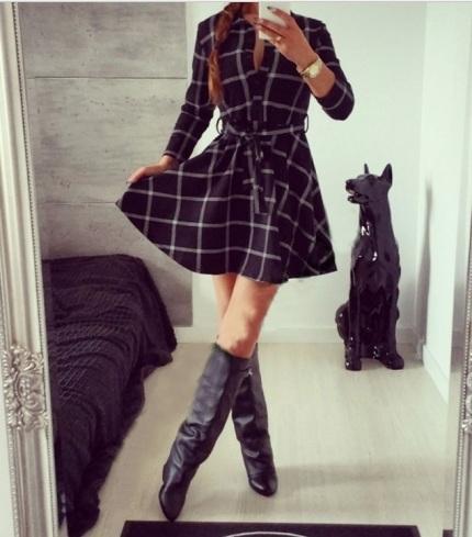 vestido xadrez evase preto manga comprida