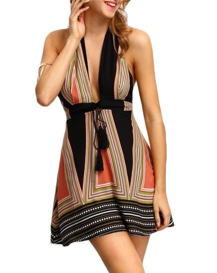 vestido-de-festa-geometrico-decote-profundo-v