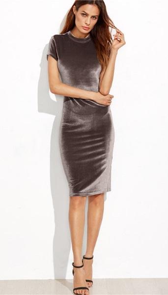 vestido-tubinho-de-veludo-metalizado-manga-curta