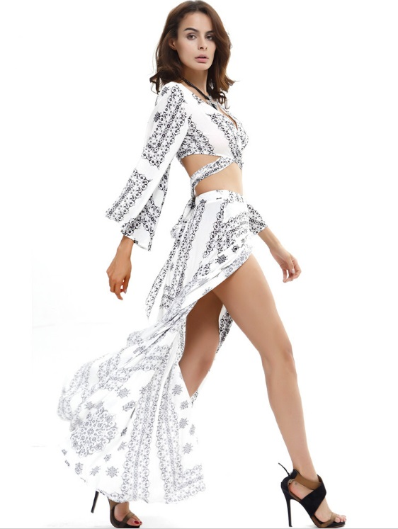 conjunto-cropped-com-saia-longa-branco-estampado