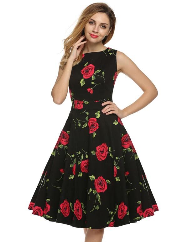 vestido-midi-preto-rosas