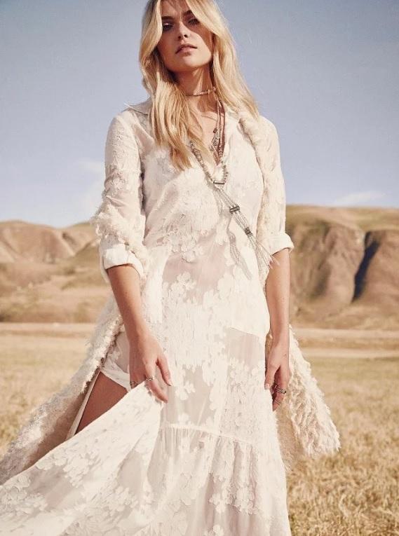 vestido-longo-branco-decote-v-bordado-verao