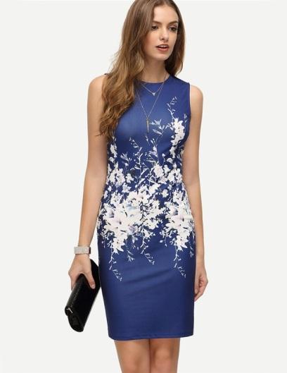 vestido tubinho floral azul sem manga