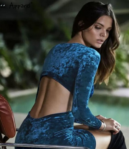 vestido de festa de veludo costas nuas azul