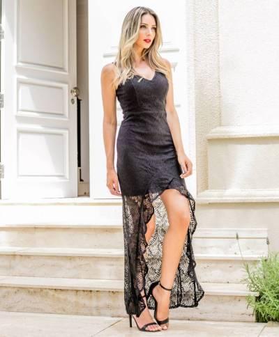 Vestido Rendado Saia Transparente Assimétrico