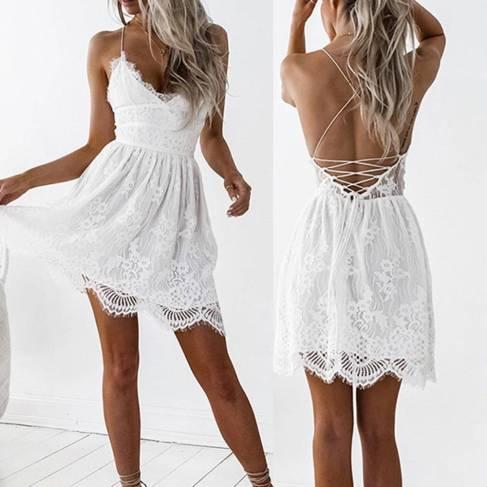 Vestido Branco Renda Curto Costas Trançadas