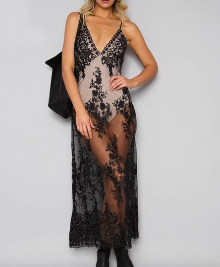 Vestido de Renda Saia Longa Transparente c/Body