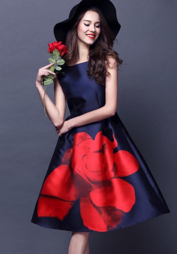 Vestido Midi Rodado Retro Print Rosa